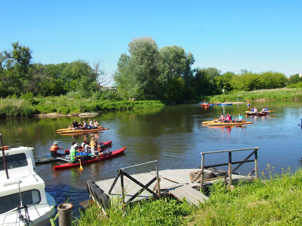 Spływ tratwami po Warcie to relaks i odpoczynek - warta-welna-travel.pl